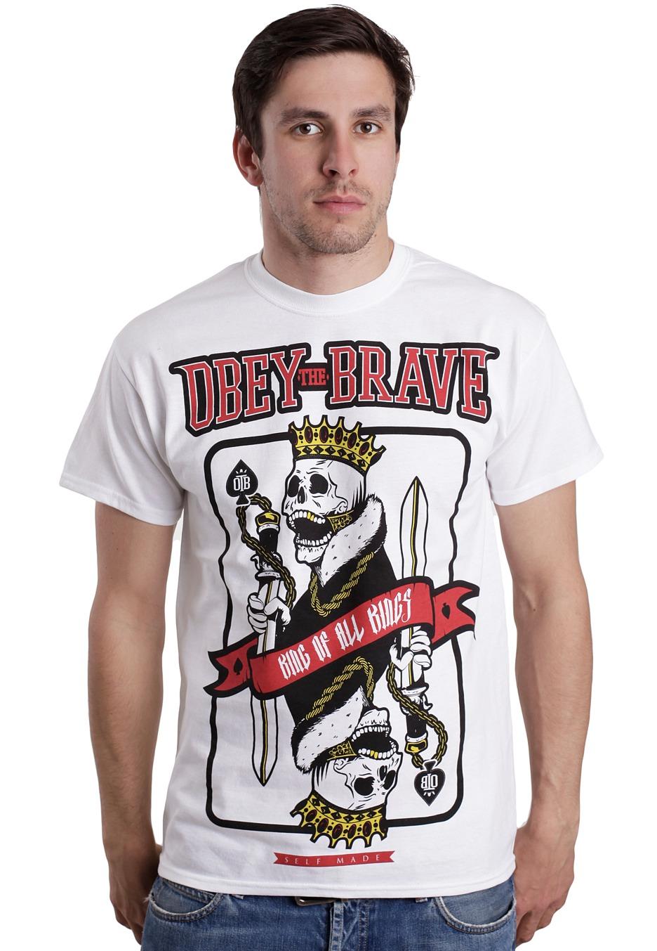 T shirt obey: un style de rue accessible.