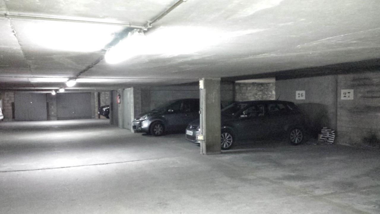Location parking Marseille : compliqué de se garer